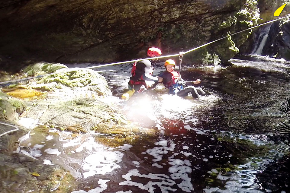 tyrolienne-canyoning